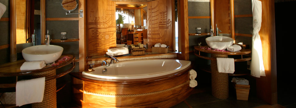 Luxurious Experiences in the South Pacific